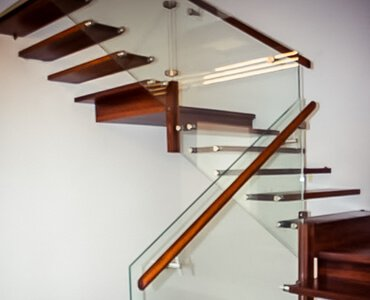 schody wiszące
